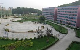 贵州大学校景