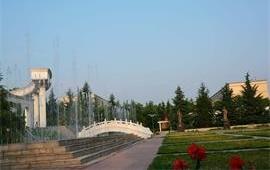 西北大學校園小噴泉