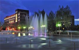 河北大学夜景