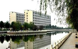 长江大学西校区一角