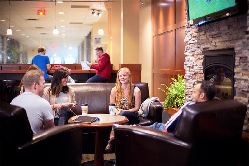 加拿大西三一大学餐厅图集