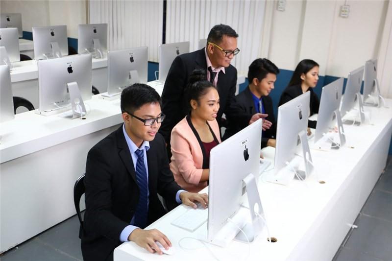菲律賓永恒大學上課圖集