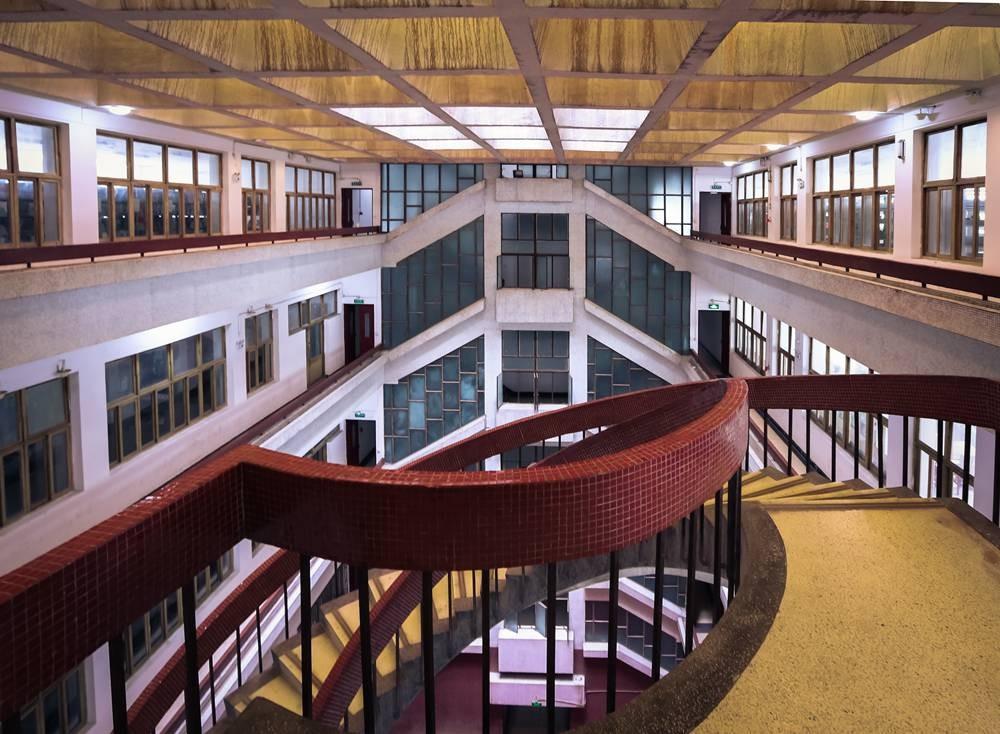 河海大學圖書館旋梯