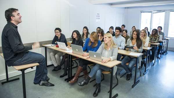 法国ESG高等商学院学生上课图集