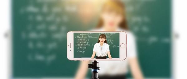 湖南大学在职研究生上课时间
