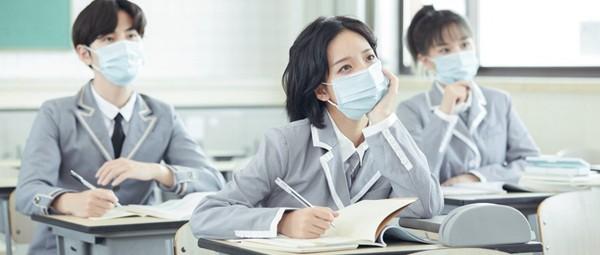 用哪种方式可以报考锦州医科大学在职研究生?