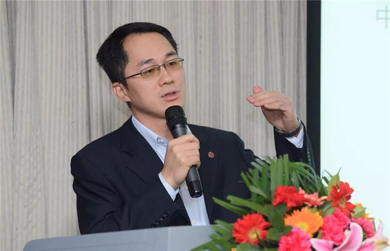 邓子梁中国人民大学商学院 副教授