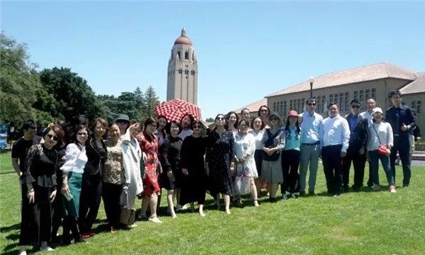 索菲亚大学工商管理硕士(MBA)赴美畢業典禮04